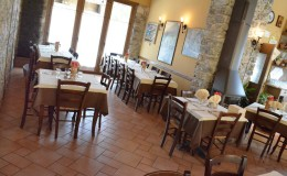 agriturismo casinetto serle – sala (12)